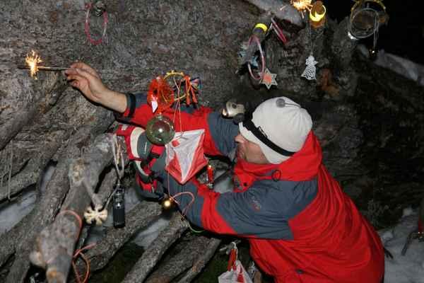ha 2v petuskasal 165 - měli jsme asi nejstarší vánoční stromek na světě