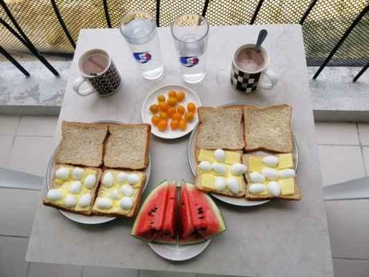 My se ještě nasnídáme.