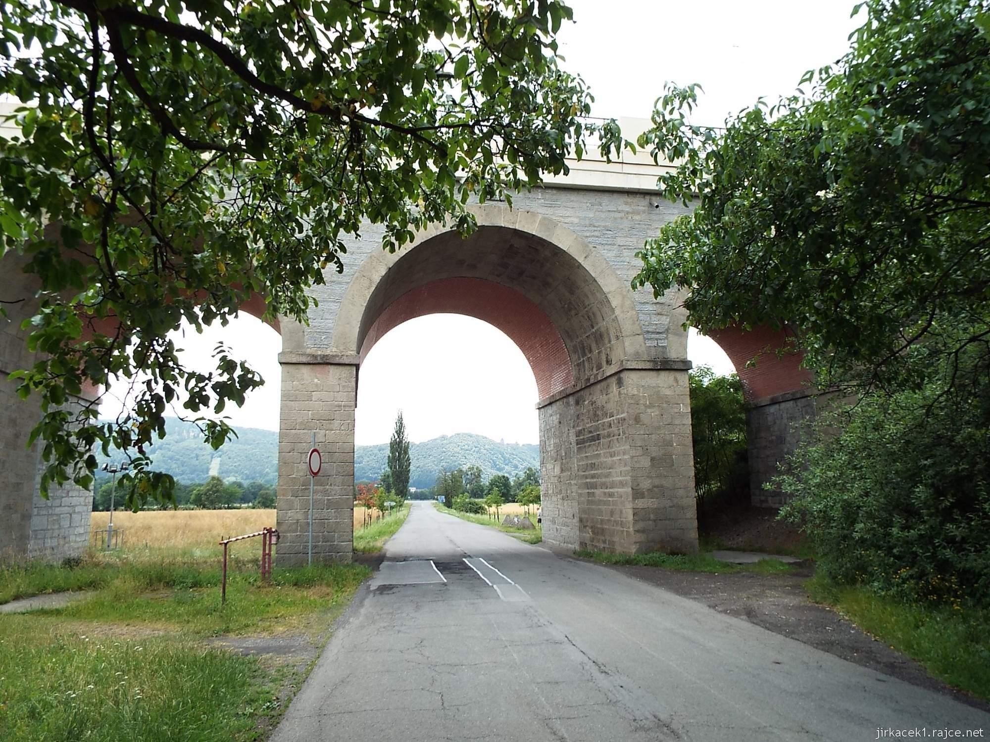Jezernice - železniční viadukty